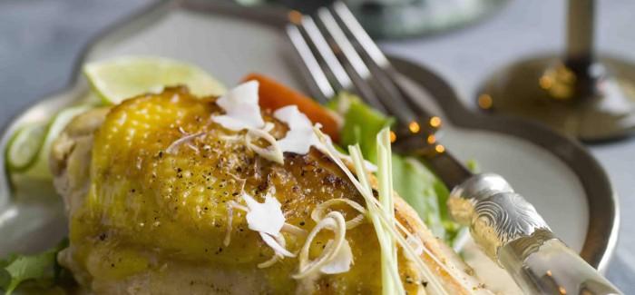 Kapaun mit Zitronengras und Kokosmilch